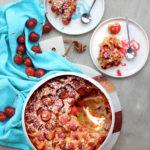 Clafoutis aux cerises, rose & gingembre